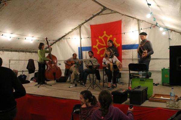 Cierp2013_Scène ouverte aux musiciens amateurs pour terminer le bal