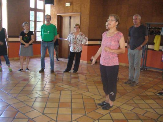Maryvonne Pons, formatrice  en danse des Lumbrets