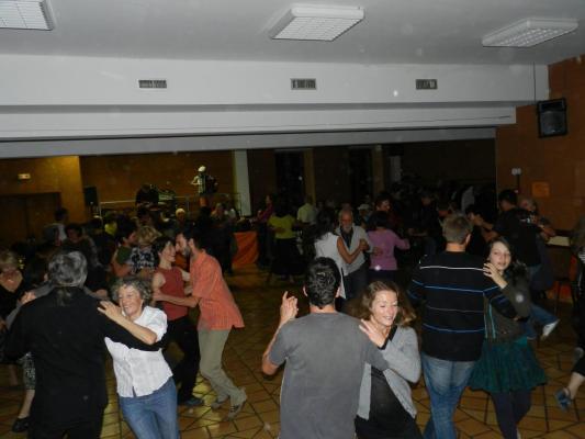 Cierp2011_Cercle circassien par Castanha e Vinovel